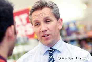Ex-Sainsbury's boss backs Snappy Shopper