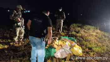Incautan 216 kilos de marihuana a orillas del río, en Villeta - Nacionales - ABC Color
