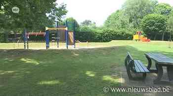 Buren dagvaarden gemeente Boechout voor overlast speeltuin