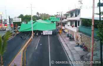 Bloqueo en Puerto Escondido impide que Bomberos atiendan incendio - Quadratín Oaxaca