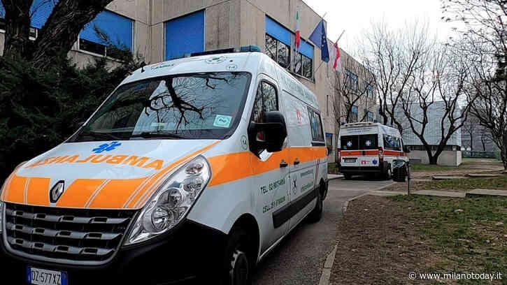 Un ragazzino ferito dopo che gli cade in testa telaio di una tenda a scuola Pioltello (Milano) - MilanoToday.it