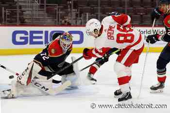 Red Wings hold off Panthers 2-1 after Brome's 1st NHL goal - WDIV ClickOnDetroit