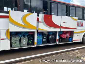 Receita Federal e BPFron retiveram dois ônibus em Santa Terezinha de Itaipu - Rádio Cultura Foz