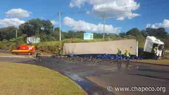 Policia militar evita que carga de cerveja seja saqueada em Pinhalzinho - Chapeco.Org