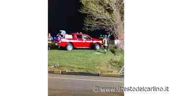 Castelfidardo, finisce con l'auto in un fosso e resta incastrato tra le lamiere: grave un 46enne - il Resto del Carlino