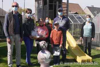 Familie Dereu - Mortier vindt Skippy De Paashaas