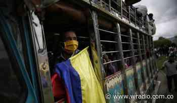 Campesinos de Anorí, Antioquia inician multitudinaria marcha rumbo al paro nacional - W Radio