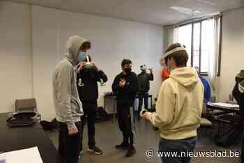 Cabaretier Henk Rijckaert daagt leerlingen GO! talent uit<BR />