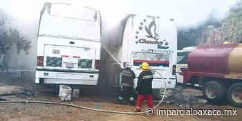 Se incendian dos autobuses en Puerto Escondido - El Imparcial de Oaxaca
