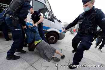 Polish activist acquitted of charges of assaulting police