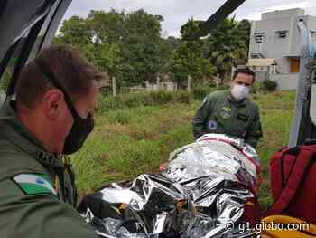 Jovem tem perna esmagada após trator cair em cima dele, em Tijucas do Sul - G1