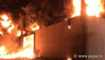 Nocera Inferiore, a fuoco stabilimento riciclo pneumatici - PUPIA