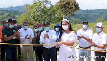 Inaugurados nuevos tramos de placa huella en Isnos - Noticias