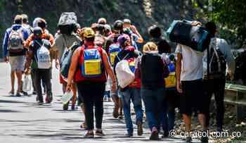 Migrantes venezolanos en Arauquita estarían retornando a su país - Caracol Radio