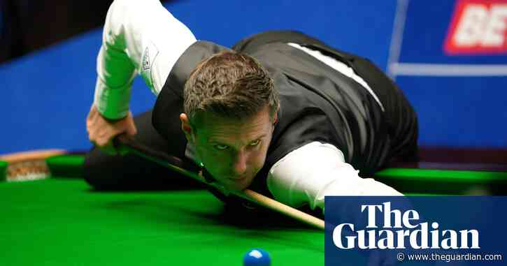 Mark Selby thrashes Mark Williams to ease into world snooker semi-finals