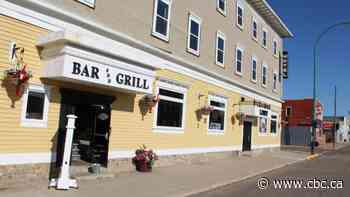 Historic Shaunavon Hotel taken over by Town of Shaunavon for unpaid tax bill - CBC.ca