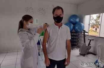 Celso Kubaski recebe vacina contra a covid em Imbituva - ARede