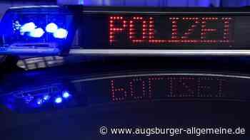 Auto ohne Fahrer beschädigt in Affing Zaun und Schaltkasten - Augsburger Allgemeine