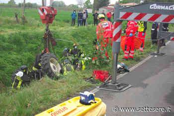 Bagnacavallo, 57enne resta con una gamba incastrata sotto il trattore - Settesere