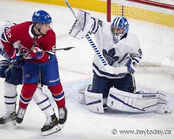 Matthews scores 35th goal, Leafs down Habs 4-1 to clinch playoff spot