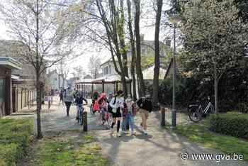 """Buren protesteren tegen bouwproject: """"Veiligheid op drukste ... (Wuustwezel) - Gazet van Antwerpen"""