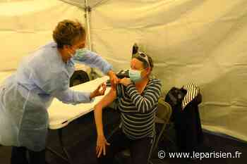 «On l'attendait depuis des semaines» : à Colombes, le centre de vaccination a ouvert ses portes - Le Parisien
