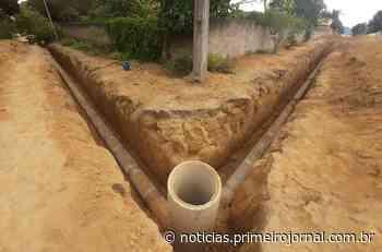 Itamaraju está implantando rede de drenagem nas ruas do bairro Bela Vista - - PrimeiroJornal