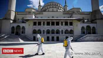 Covid: Turkey prepares for its first full lockdown