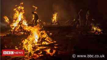 India coronavirus: Round-the-clock mass cremations