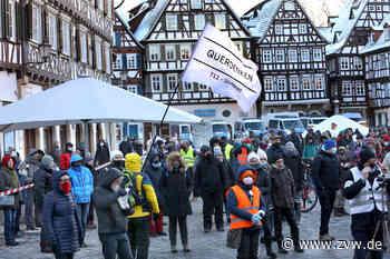 Querdenker erproben neue Protestformen in Waiblingen, Schwäbisch Gmünd und Teningen - Rems-Murr-Kreis - Zeitungsverlag Waiblingen