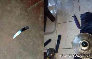 Hombre habría hasta roto puñales intentando asesinar a su esposa en Mbocayaty del Guairá - Nacionales - ABC Color