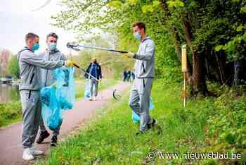 Bijzondere training: Buffalo's verzamelen afval langs Gentse wateren