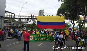 Cerrada la carrera 27, en la Puerta del Sol en Bucaramanga - W Radio