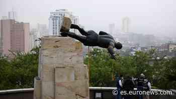 Derriban en Colombia una estatua del conquistador Sebastián de Belalcázar - Euronews Español