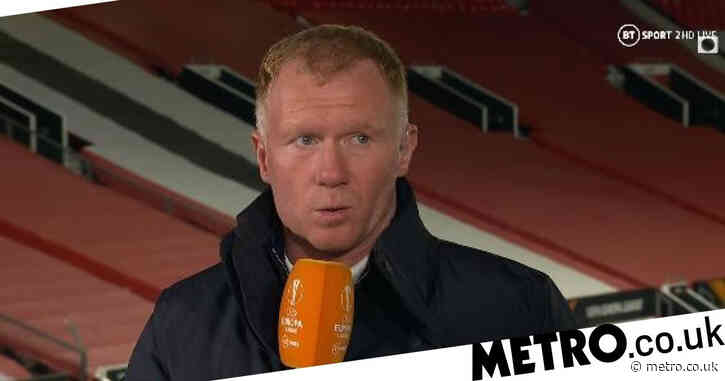 Paul Scholes slams Fred during Manchester United's 6-2 win over Roma