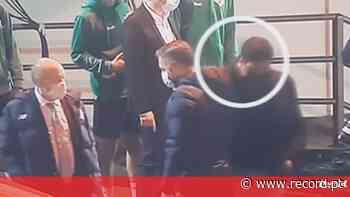 Pedro Pinho passou chave do carro ao segurança do FC Porto: «Era para ir buscar caixa de frutos vermelhos» - Record
