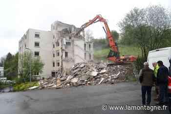 La résidence Les Fages 1 à Tulle (Corrèze) en cours de démolition - Tulle (19000) - La Montagne