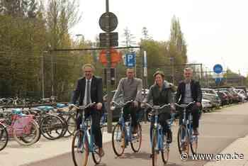 Blue-Bike opent vier nieuwe fietspunten en introduceert slim fietsslot - Gazet van Antwerpen