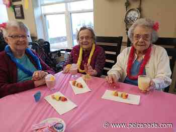 Tignish Seniors Home staff take residents on a Hawaiian getaway - peicanada.com