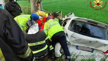 Incidente ad Appalto di Soliera, auto nel fosso e donna ferita - ModenaToday