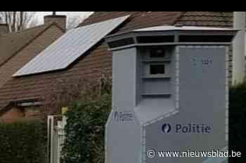 Superflitspaal verhuist van Zomergem (Lievegem) naar Machelen (Zulte)