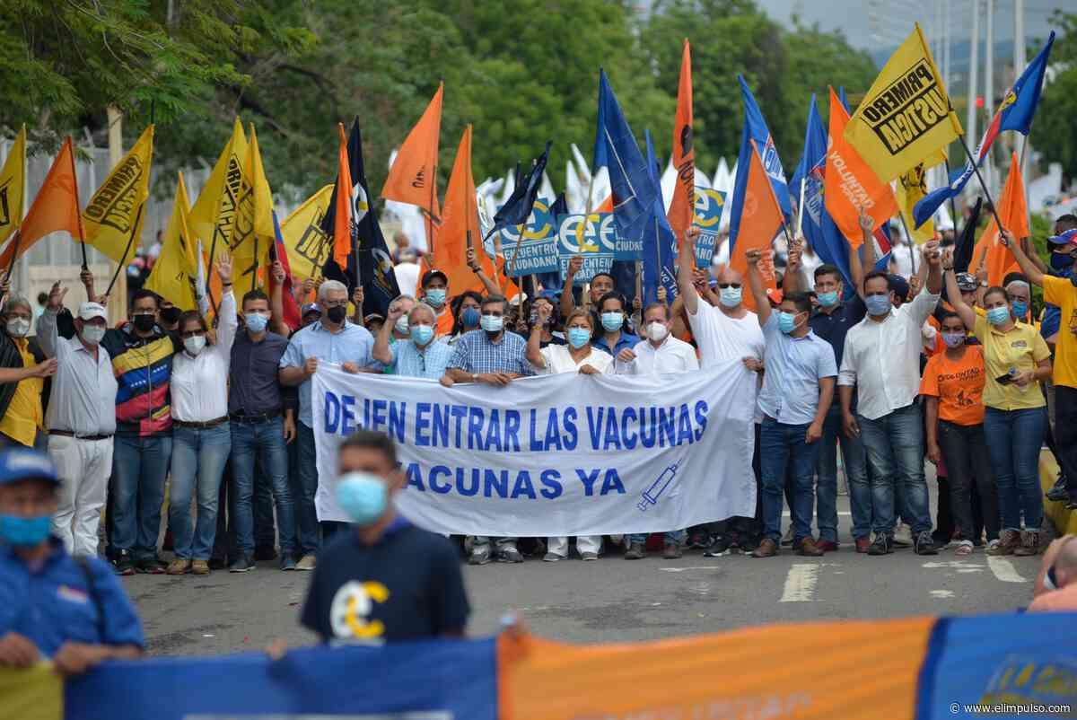 #FOTOS Diputados a la AN (2015) marcharon en Carora por vacunas contra la COVID-19 - El Impulso