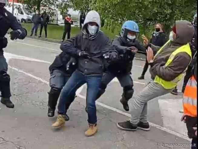 Peschiera Borromeo, scontri e tensioni al presidio FedEx-Tnt: feriti un carabiniere e un funzionario della... - Corriere della Sera