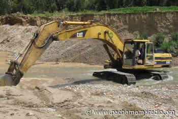 Sandia: mineros ilegales operan con maquinaria pesada en el rio Tambopata - Pachamama radio 850 AM