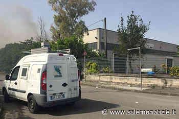 Incendio di Nocera Inferiore, prosegue il monitoraggio degli inquinanti atmosferici - Salernonotizie.it
