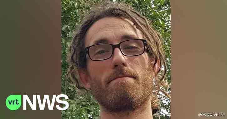"""19-jarige man die moord in Tielt bekende, blijft langer in de cel: """"Hij is mentaal gebroken en heeft oprecht spijt"""" - VRT NWS"""