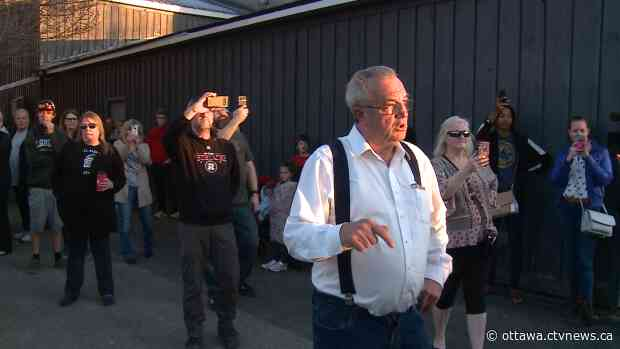 MPP Hillier charged for attending Kemptville anti-mask rally - CTV News Ottawa