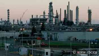 Imperial Oil shares rise on dividend bump, higher share buybacks, strong production