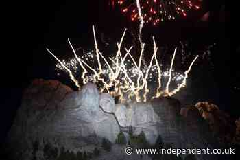 South Dakota governor sues for fireworks at Mount Rushmore