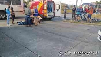 Passageira passa mal ao ver ciclista ser atropelado por ônibus no Xaxim; vídeo - Banda B - Banda B